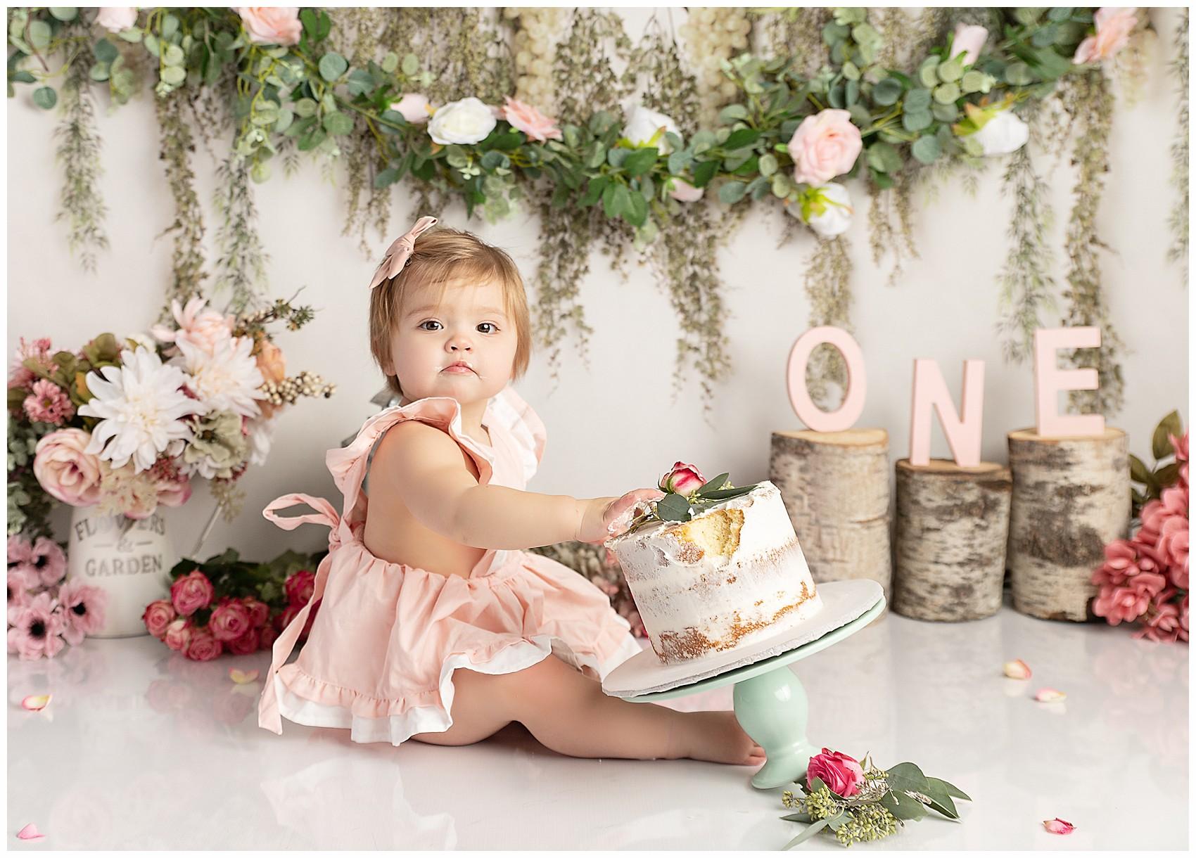 Terrific Connecticut Cake Smash First Birthday Photographer Natalie Buck Personalised Birthday Cards Arneslily Jamesorg