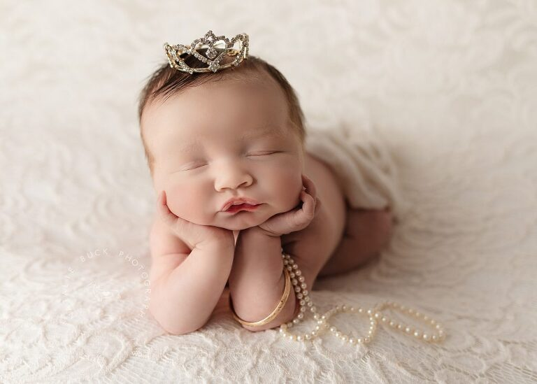 Baby Reagan - Best Newborn & Infant Photographer in Connecticut - Fairfield county CT, Litchfield county CT and Westchester County NY